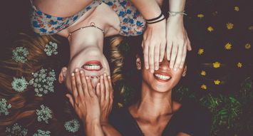 5 Simple Ways to Show Your Besties You Love Them
