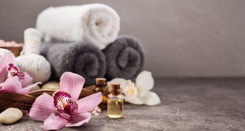The Best Drugstore Bath Oils