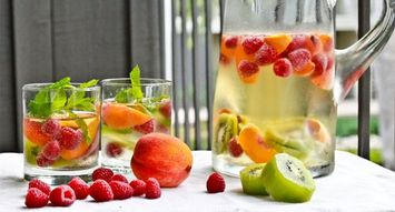 The Best Cocktails for an End-of-Summer BBQ