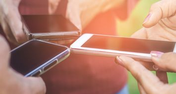 What Kind Of Communicator Are You Based On Your Phone Habits?