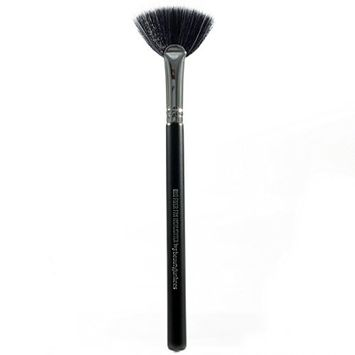 Pro Highlighter Fan Makeup Brush – Highlight Define Your Best Features with Perfect Placement of Highlighting Powder and Cream Make Up, Soft,...