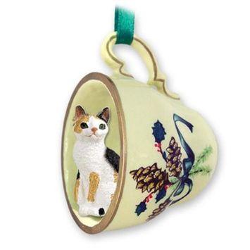 GTCC24 Tortoise & White Japanese Bobtail Tea Cup Green Holiday Ornament