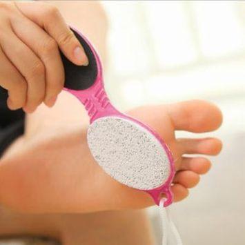 4 In 1 Pedicure Tool Foot Nail Buffer Brush Callus Rasp Scrubs Pumice Stone
