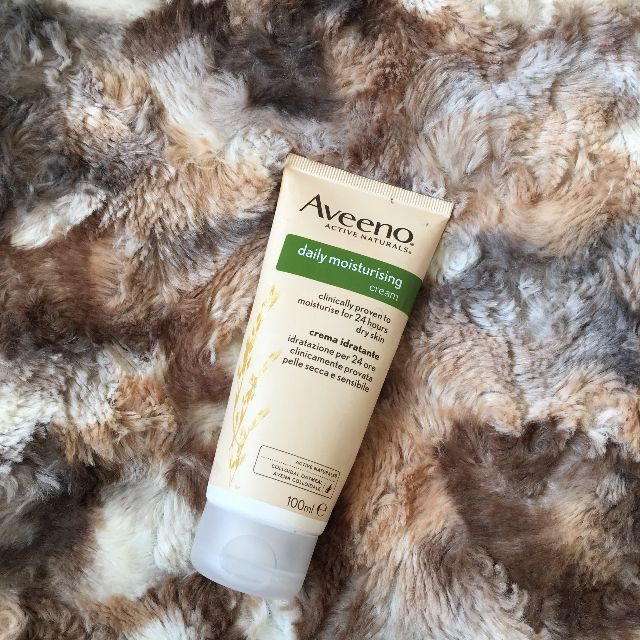 Aveeno® Daily Moisturizing Sheer Hydration Lotion