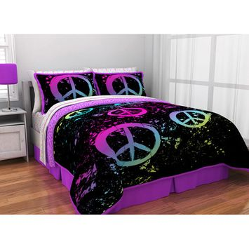 itude Peace Paint Reversible Bed in a Bag Bedding Set