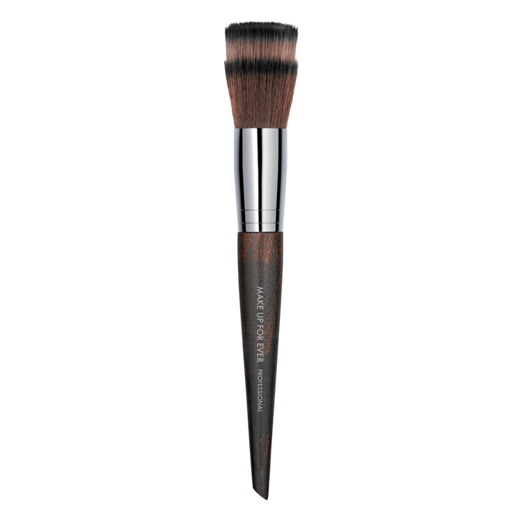 MAKE UP FOR EVER Blending Powder Brush - 122