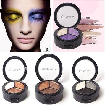 AOWA Fashion Smoky Cosmetic 3 Color Pro Matte Eyeshadow Makeup Eye Shadow Palette Glitter