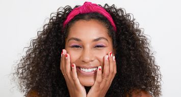 Easy, DIY Nail Color Is One Stick-On Away With Genius Nail Brand ManiMe
