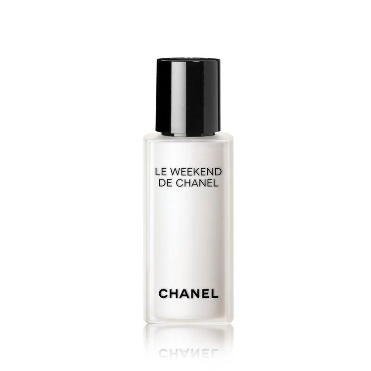 CHANEL Le Weekend De Chanel Renew