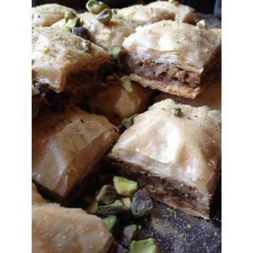 Fresh Authentic Baklava with Walnuts 30 Pcs