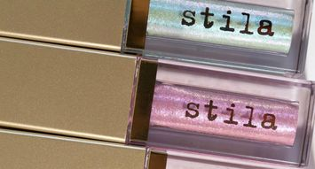 stila's Top-Rated Eyeshadow is Now a Highlighter