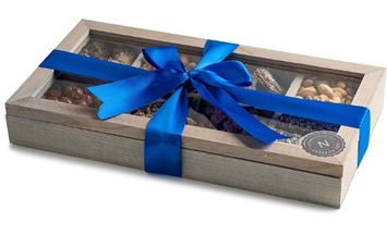 The Nuttery Ny The Nuttery Holiday Gift WOODEN TEA BOX-CHOCOLATE AND (Tea Box- Blue Bow)