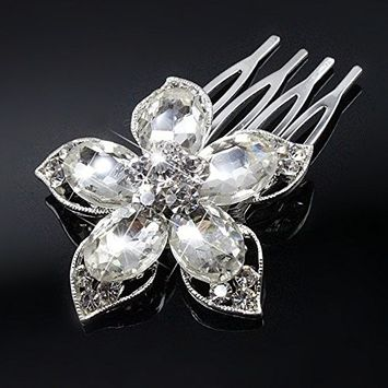 Urberry Delicate is the only way to describe this hair comb. A bridal style for any wedding theme