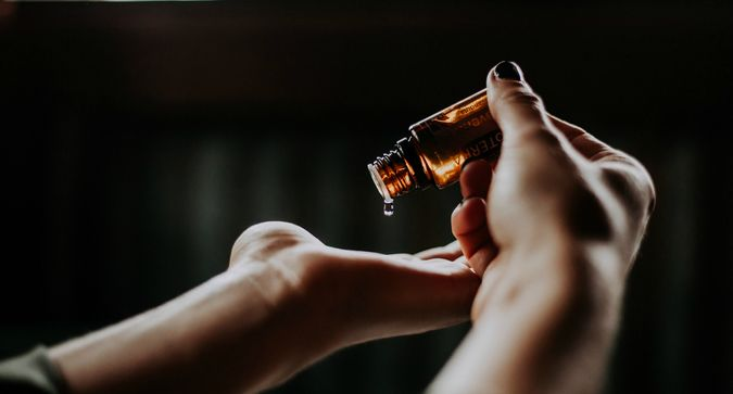 A Beginner's Guide to Using Essential Oils
