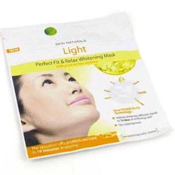 Garnier Light Perfect Fit & Relax Whitening Fabric Mask