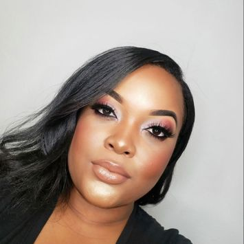 Photo uploaded to #BlackGirlMagic by Mishiah A.
