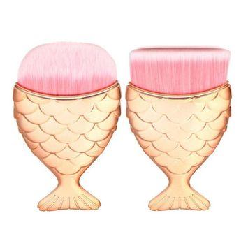 Iuhan 2PCS Mermaid Fish Scale Makeup Fishtail Bottom Powder Blusher Cosmetic Brush