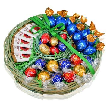Easter Chocolate and Candy Mix Gift Tray Basket - 38 COUNT - Easter Lindt Chocolate Eggs, Truffles, Godiva Variety Pack - Easter Gifts for Family, Friends, Kids, Coworkers