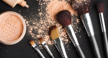 The Top-Rated Powder Foundation Brushes: 214K Reviews