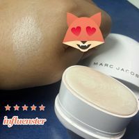 MARC JACOBS BEAUTY Glow Stick Glistening Illuminator uploaded by Carolina A.
