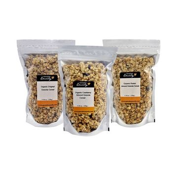 Grandma Emily Organic Granola Cereal Mixpack. (Made in CANADA), 6 x 11.64 oz. (330g) Bags in 3 Delicious Flavours. Organic Original/Organic Cranberry Almond/Organic Raisin Almond.100% Canadian Oats