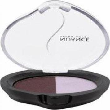 Nuance Salma Hayek Mineral Eyeshadow Duo Passion Plum/Sheer Lavender 020