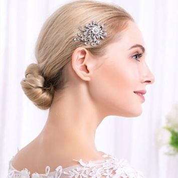 Girl12Queen Shiny Rhinestone Leaf Tuck Comb Women Hairpin Hair Clip Bridal Wedding Gift
