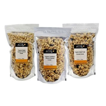 Grandma Emily Organic Granola Cereal Mixpack. (Made in CANADA), 6 x 11.64 oz. (330g) Bags in 3 Delicious Flavours. Organic Cranberry Almond/Organic Maple Quinoa/Organic Mixed Fruits. 100% Canadian Oat