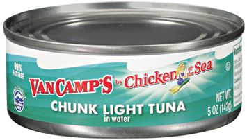 VAN CAMP'S Chicken of The Sea Chunk Light In Water Tuna