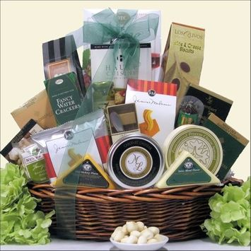 Greatarrivals Gift Baskets Great Arrivals Gourmet Cheese Gift Basket, Extravaganza