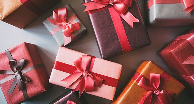 5 Gifts That He Will Definitely Thank You For