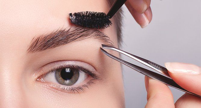 Everything You Should Know About The Brow Contouring Craze