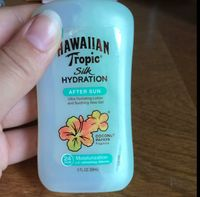 Hawaiian Tropic® Silk Hydration Weightless After Sun Lotion uploaded by Leah B.