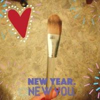 Clinique Foundation Brush uploaded by Andrea W.