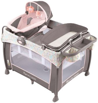 Ingenuity Washable Playard Deluxe with Dream Centre - Piper