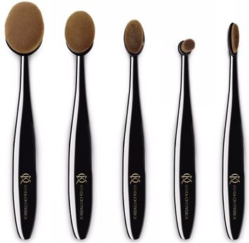 Kenia Ontiveros Supreme Brush Set