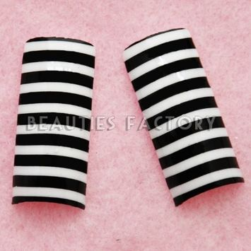 Airbrushed French Nail Tips - CONGO ZEBRA (70pcs w/ tip box & glue) CODE: #E5...