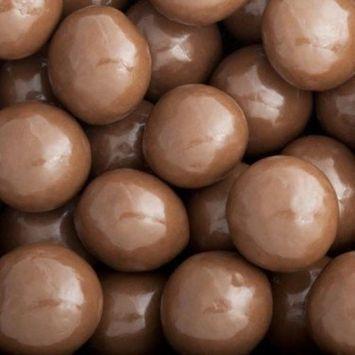 Albanese Milk Chocolate Macadamia Nuts, 10LBS