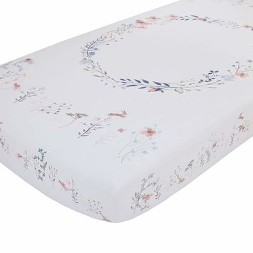 NoJo Woodland Wreath 100% Cotton Photo Op Fitted Crib Sheet, Pink/White/Blue/Green