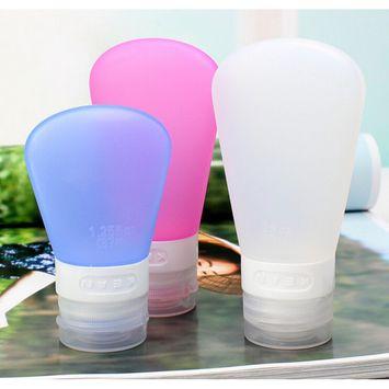3 Pcs/Set 3Refillable Silicone Travel Bottles Set Wash Bag Sub-bottling Shampoo Shower Gel Lotion (Random Color)